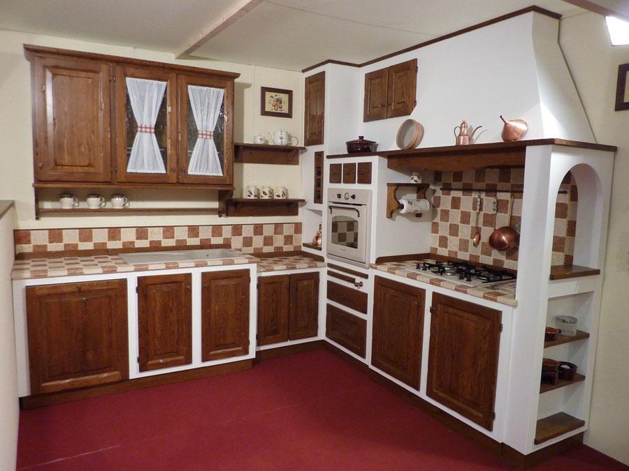 F a t falegnameria artistica toscana cucine su misura for Pensili cucina in muratura