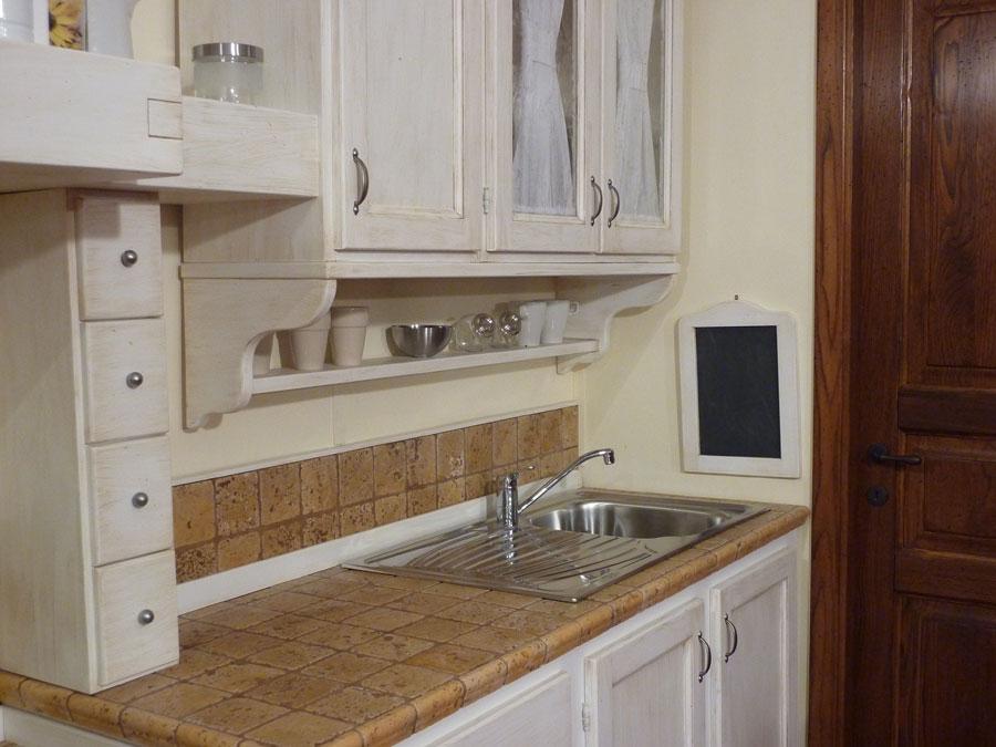 F a t falegnameria artistica toscana cucine su misura arredamenti su misura mobili su - Top marmo cucina prezzi ...